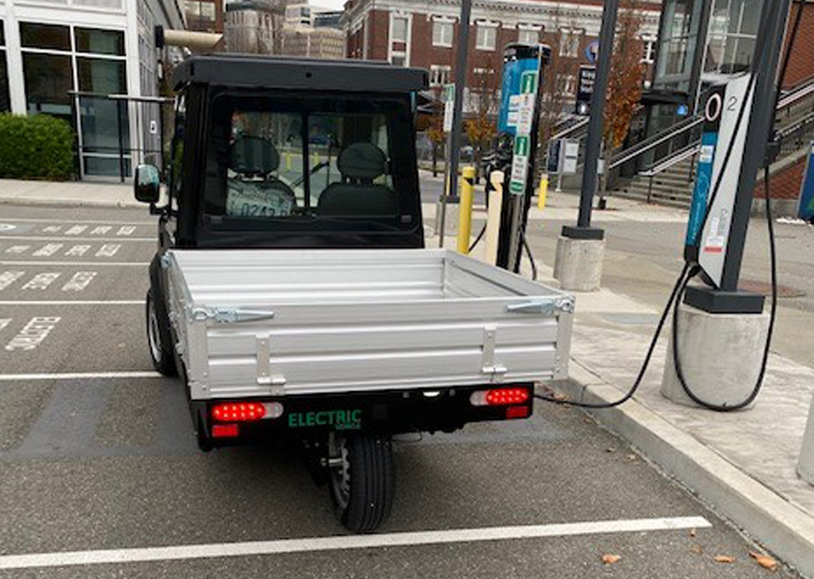 electric utility vehicle canada